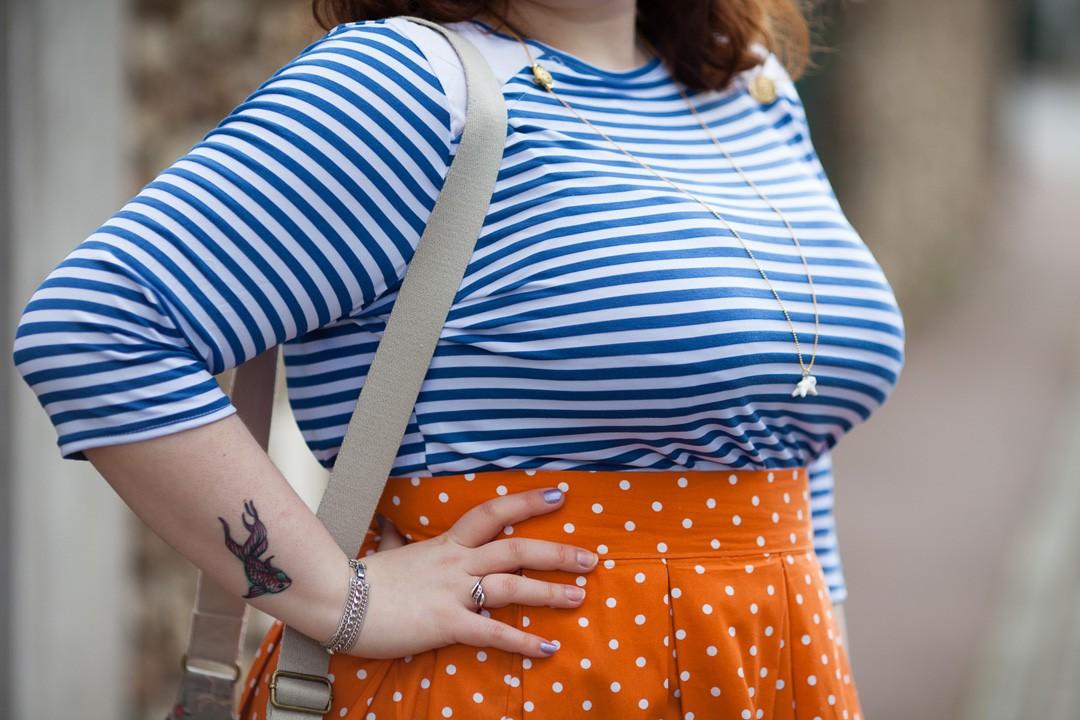 Ninaah Bulles, look, curvy, grande taille, ronde, mix match, jupe, marinière, printemps