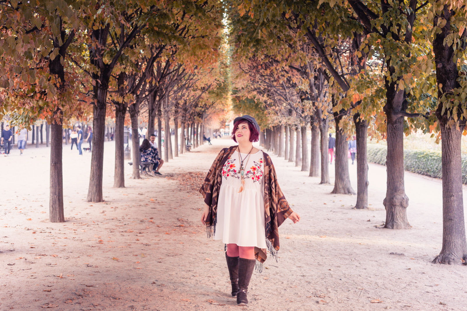 ninaah bulles, shein, grande taille, plus size, folk, romantique, outfit, blog grande taille, blogeuse grande taille, automne, look d'automne, bottes mollet larges